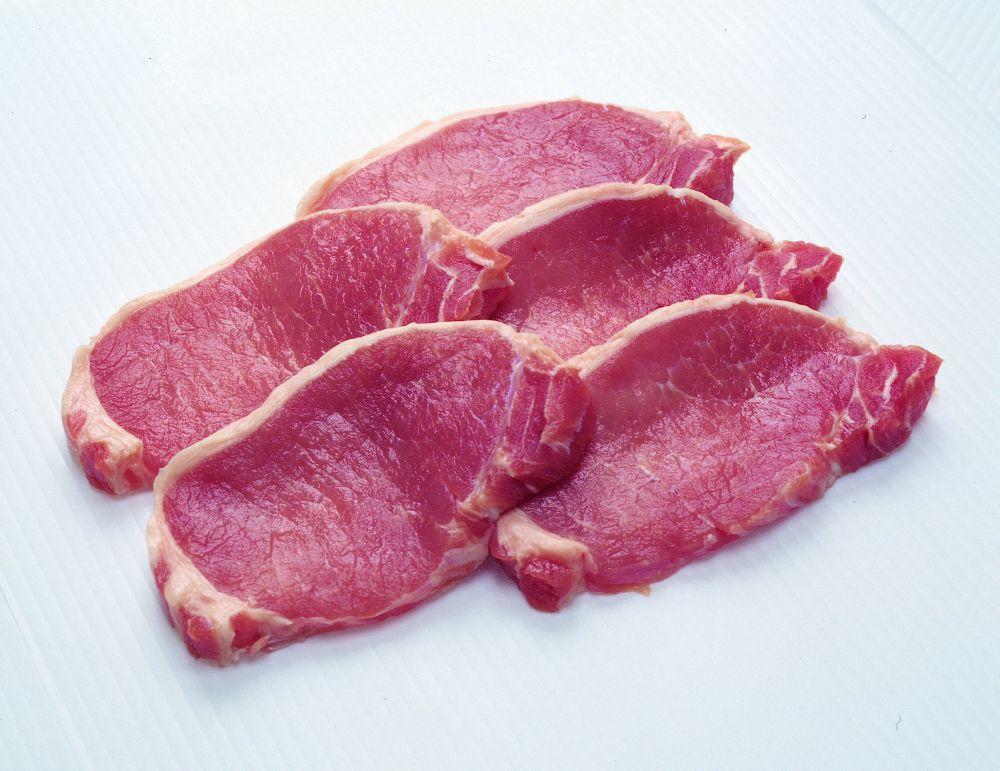 Наука выяснила, кто живет дольше – мясоеды или вегетарианцы
