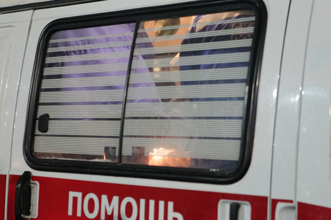 В Тольятти 18-летний парень заступился за девушку и получил удар ножом