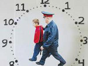 Прокуратура напомнила тольяттинским родителям про «Комендантский час для детей»
