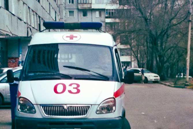 На детской площадке в Тольятти врачи «откачали» трех человек в наркотическом опьянении