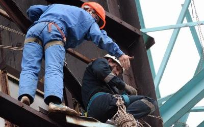 В Самаре по требованию прокурора демонтируют 7 этажей опасной высотки