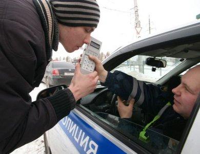 Ночью в Тольятти задержали нетрезвого водителя без прав