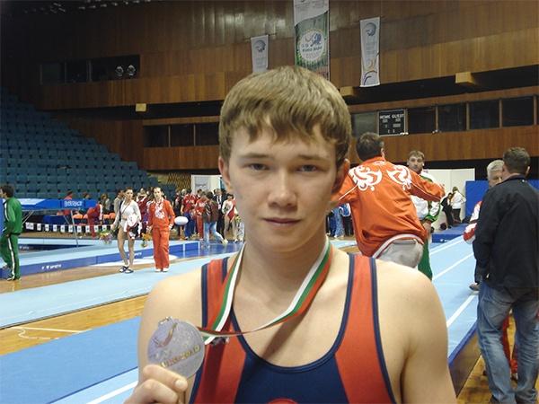 Тольяттинские батутисты стали призерами всероссийских соревнований