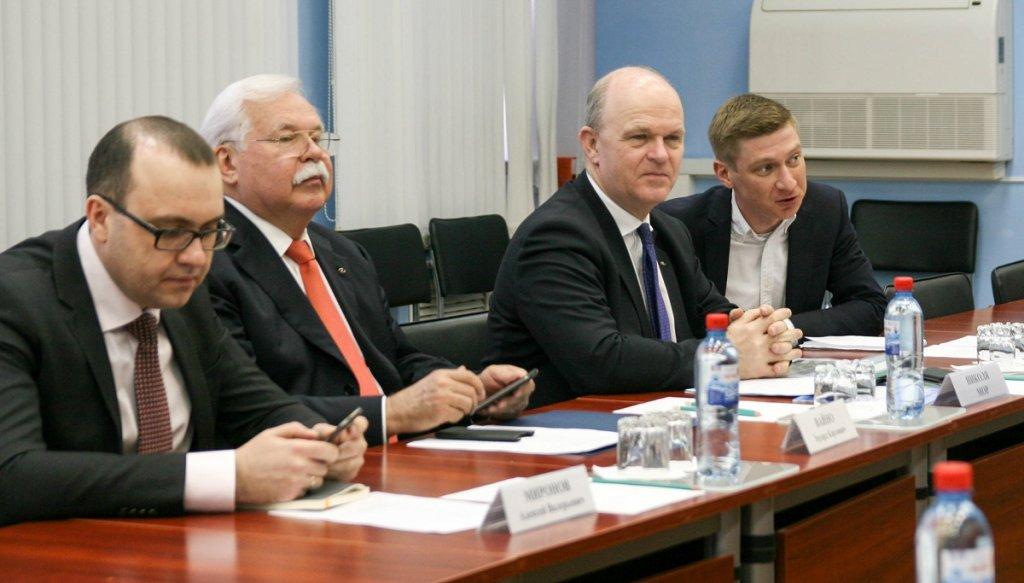 Мэр Тольятти и президент АВТОВАЗа провели рабочую встречу