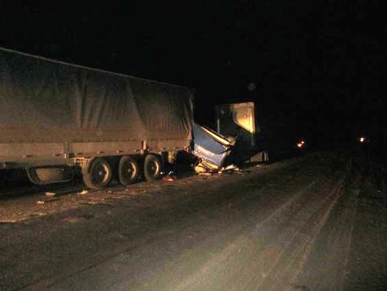 На трассе М-5 столкнулись две «фуры». Есть пострадавшие.