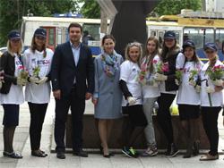 В Тольятти засадили цветами четыре клумбы