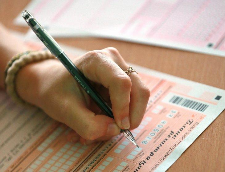 7 февраля родители выпускников смогут написать ЕГЭ