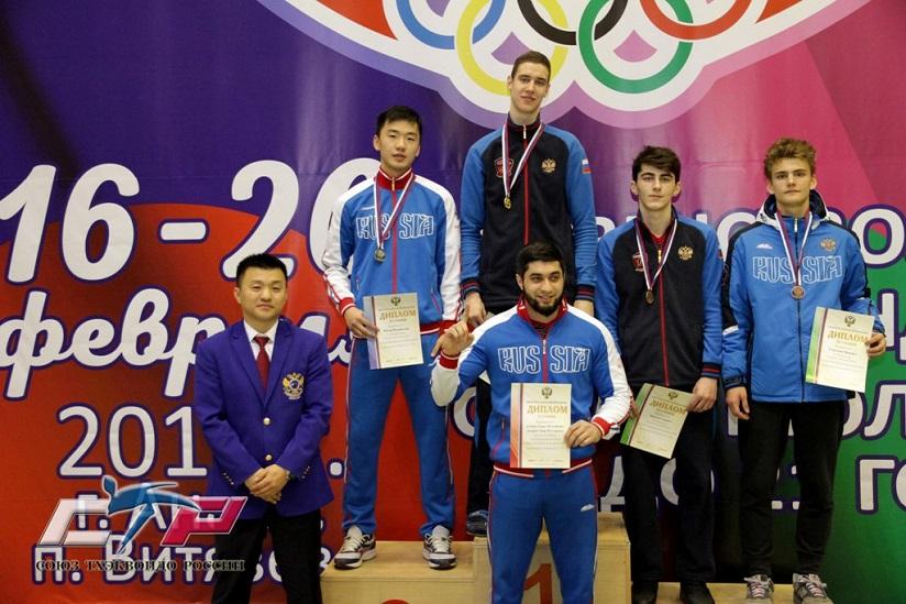 Тольяттинец Борис Краснов выиграл первенство России по тхэквондо