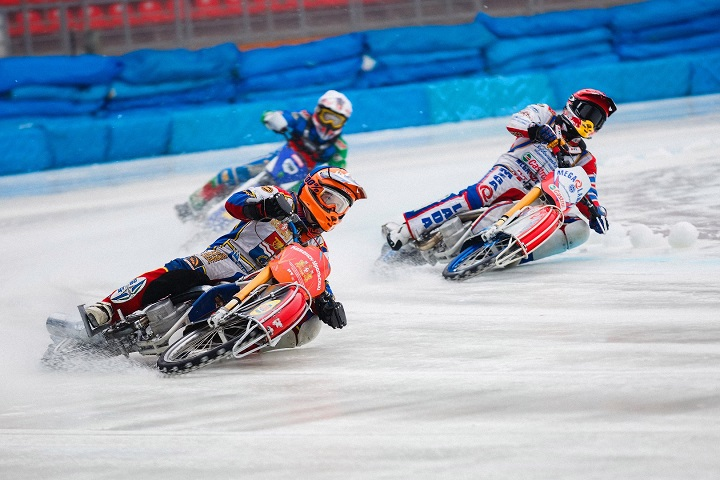 «Мега-Лада» стала серебрянным призером чемпионата России