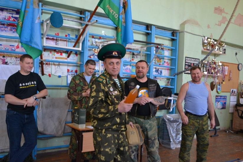 В Тольятти прошли соревнования по спортивному метанию ножа «Купол – 2017»