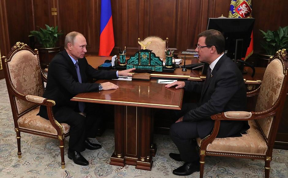 Владимир Путин встретился с Дмитрием Азаровым (фото)