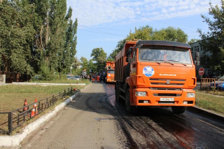Специалисты проверили ремонт дороги на улице Радищева