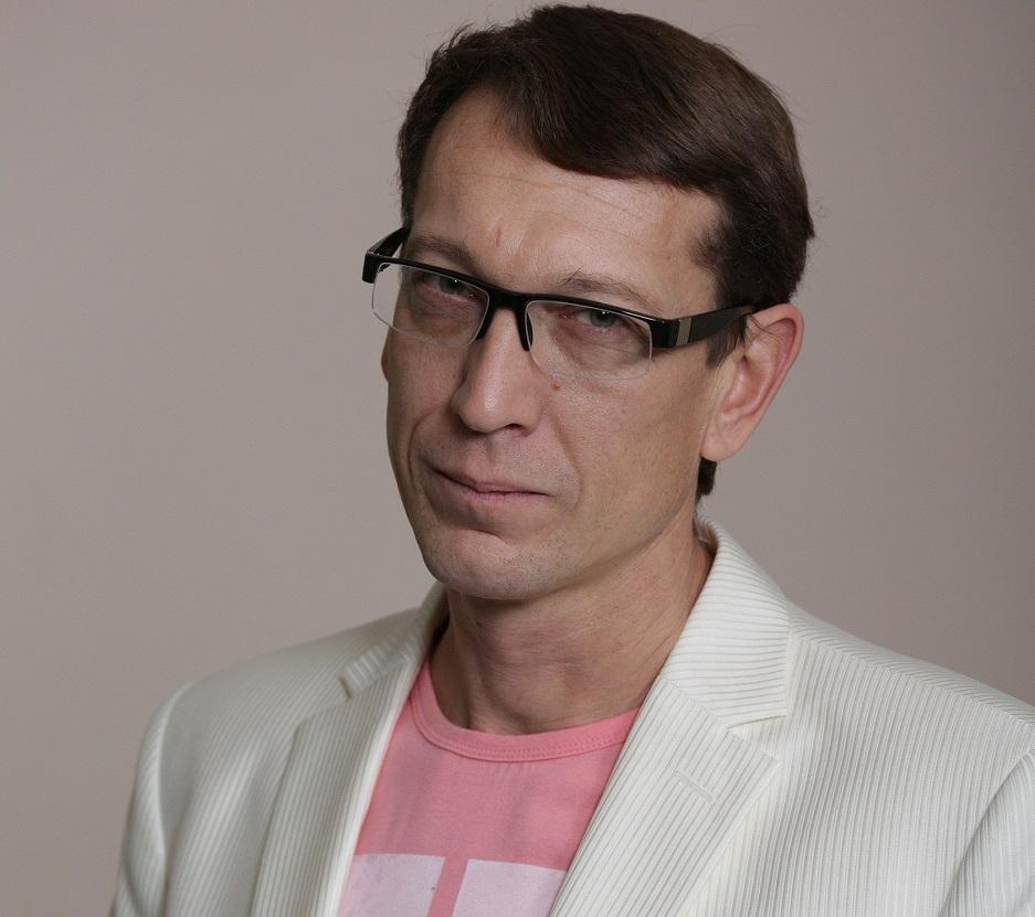 Театр «Колесо» покидает главный режиссер Владимир Хрущев