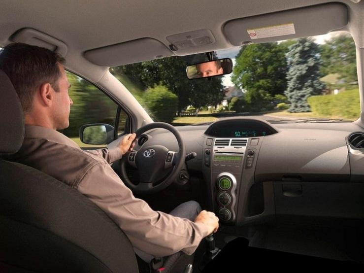 В России водителей хотят разделить на любителей и профессионалов