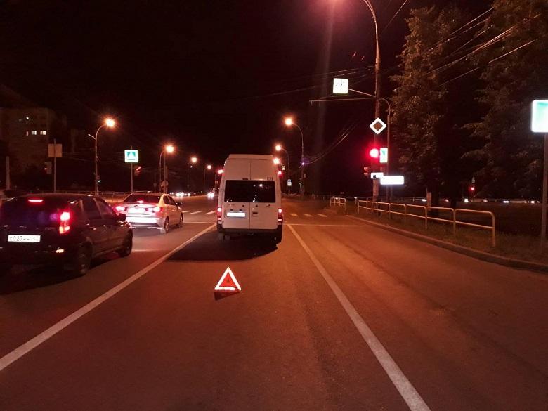 В ДТП на проспекте Степана Разина пострадал пассажир маршрутки