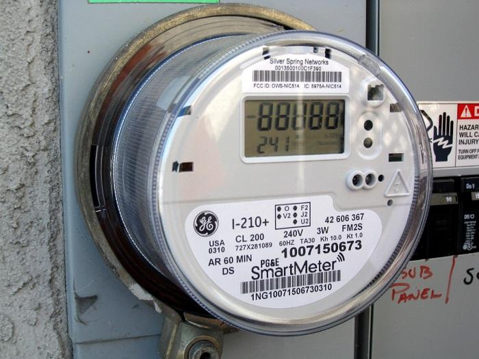 Минэнерго потребует от россиян установки только «умных электросчетчиков»