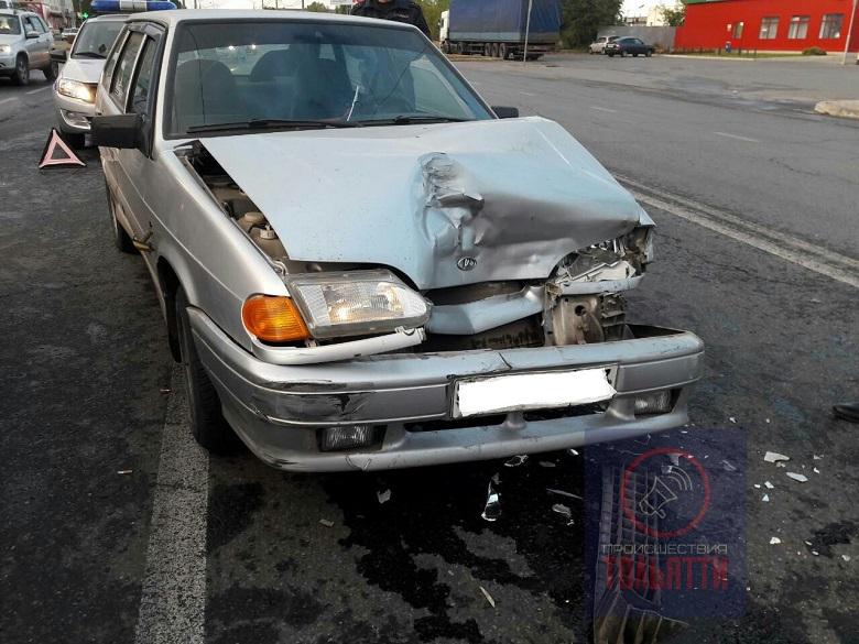 На улице Ярославской столкнулись три автомобиля (фото)
