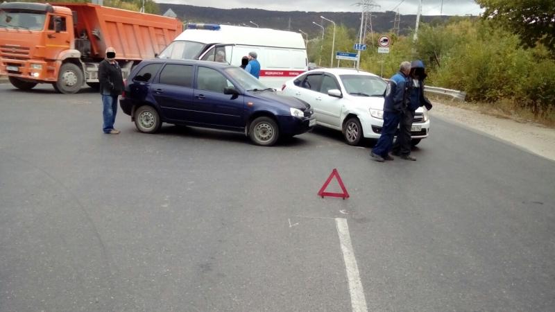 В Жигулевске в аварии «Калины» и «Гранты» пострадал ребенок (фото)