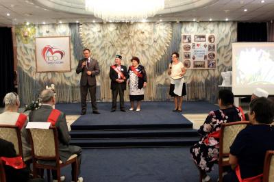 Тольяттинские семьи, отметившие 50, 55 и 60 лет совместной жизни, поздравили с юбилеем