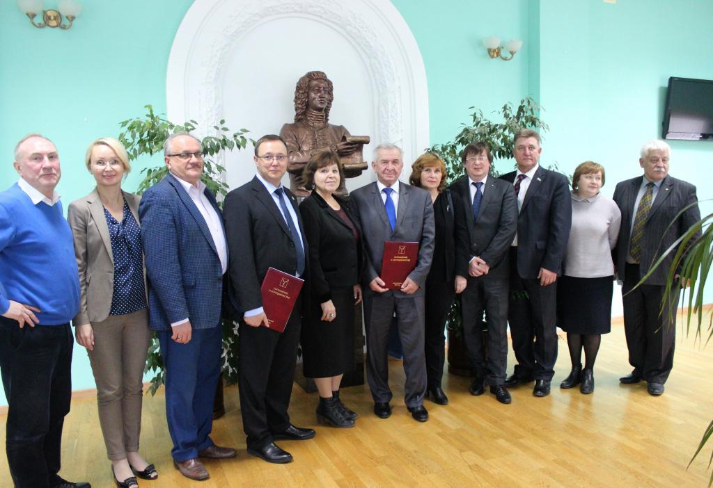 Депутаты Тольятти и Саратова подписали соглашение о сотрудничестве