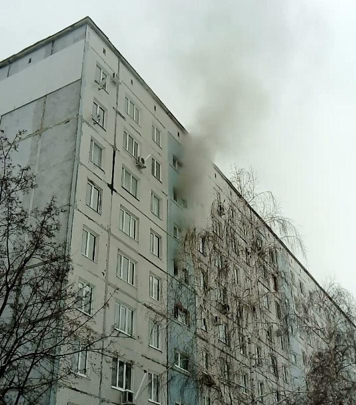 В доме на улице Ворошилова в квартире сгорел мужчина