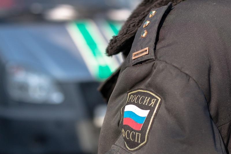У жительницы Тольятти арестовали авто за долги