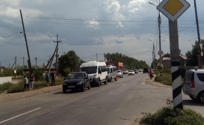 Под Тольятти в аварии трех авто пострадала девочка