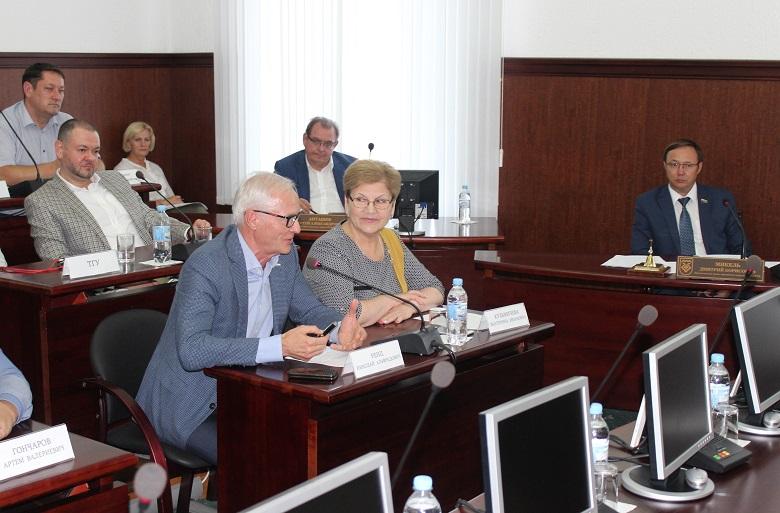 Николай Ренц: «Любая дымящая труба в Тольятти – это перебор!»