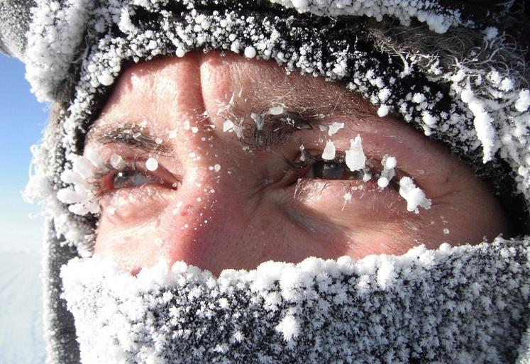 Рекордные морозы в Поволжье. Военные развернули более 100 пунктов обогрева