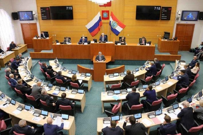 Бюджет Самарской области на 2019 год вырос на 21,6 млрд рублей