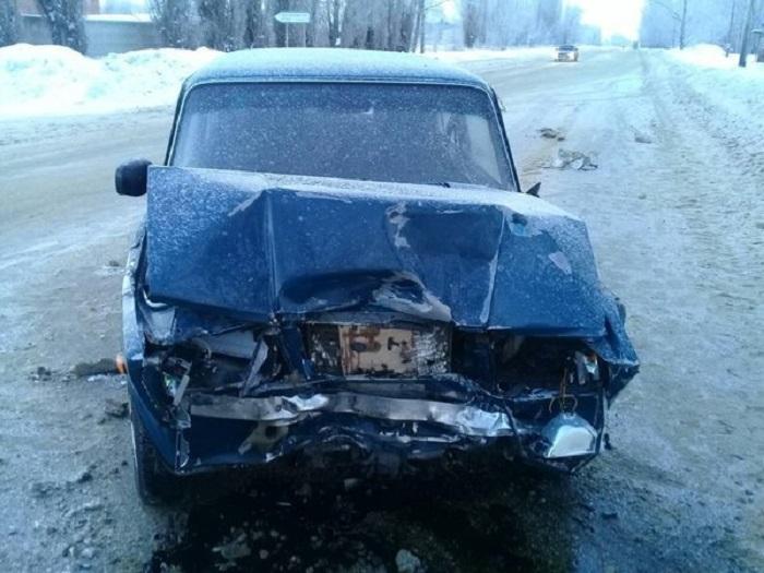 В Тольятти в аварии двух «Лад» пострадали четыре человека