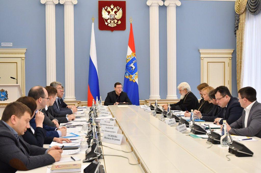 Дмитрий Азаров и Митрополит Сергий обсудили взаимодействие властей и РПЦ