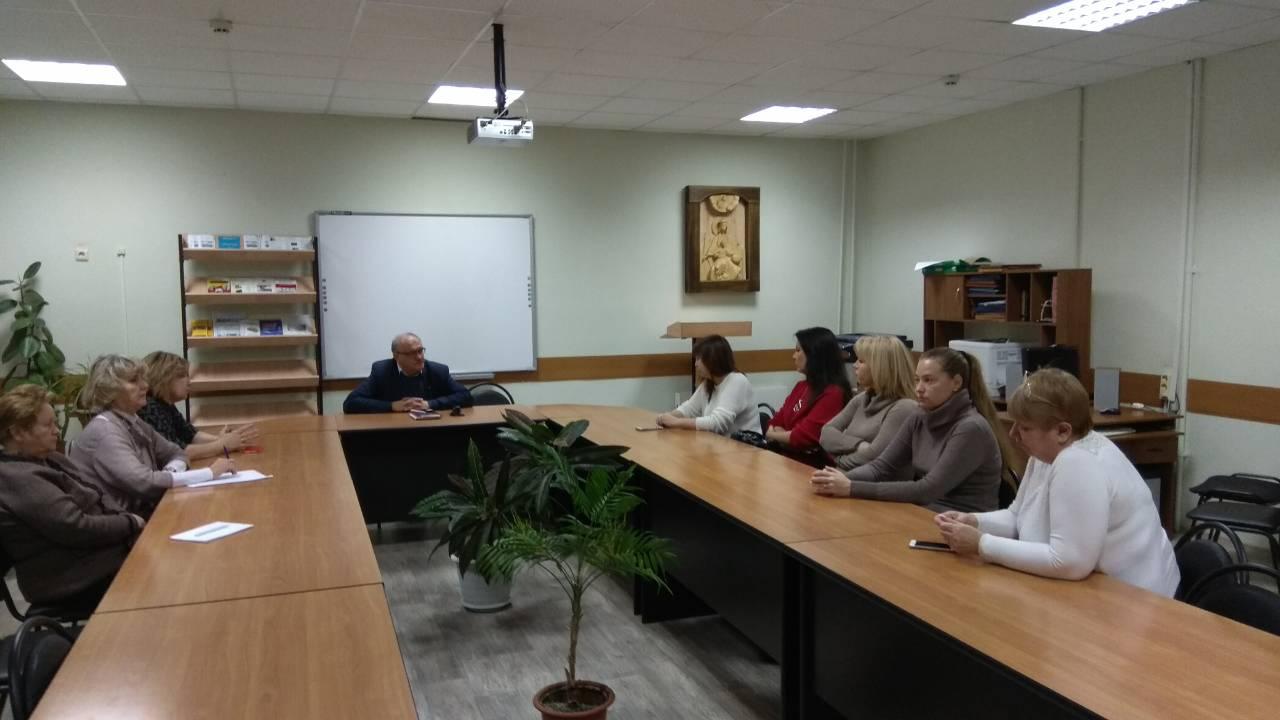 Проводится проверка: В тольяттинской школе отстранили учительницу, подозреваемую в избиении ученицы