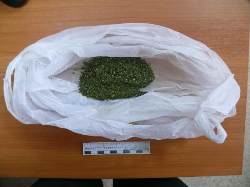 В Тольятти водитель маршрутки нарушил ПДД и сдал пассажира с наркотиками