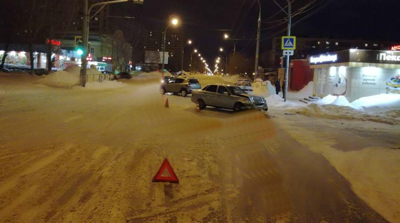 Двое детей пострадали в происшествиях на улицах вечернего Тольятти