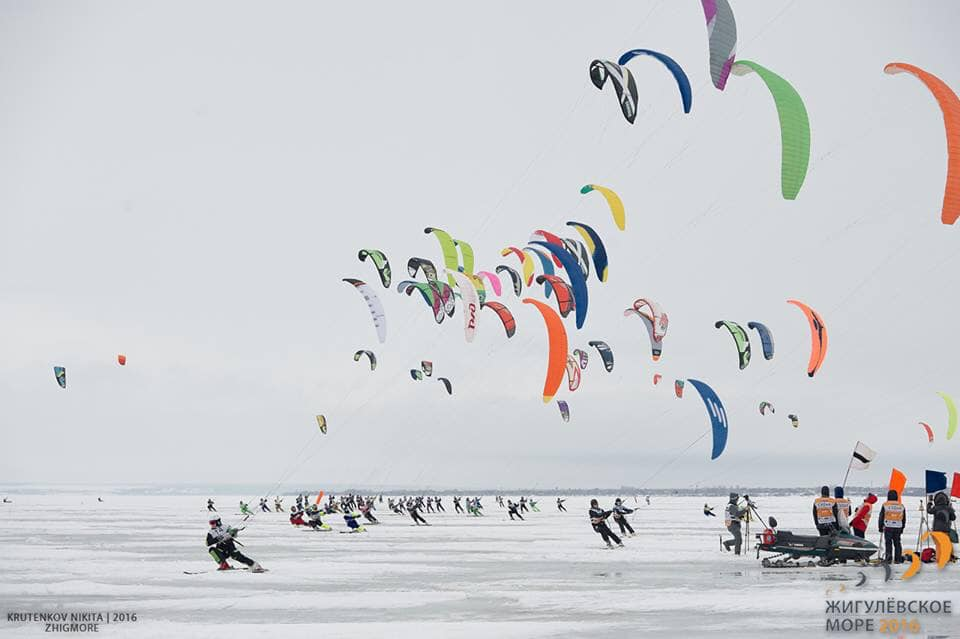 Фестиваль для всей семьи: В Тольятти пройдут самые крупные соревнования по сноукайтингу в стране