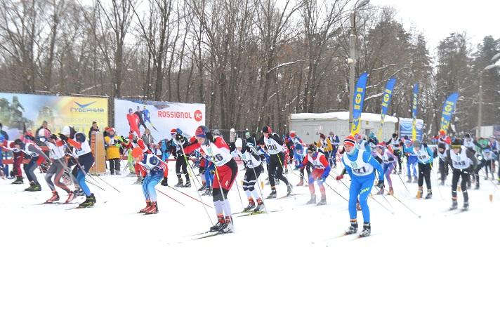 На старт «Лыжни России» в Тольятти вышли более 6 тысяч человек!