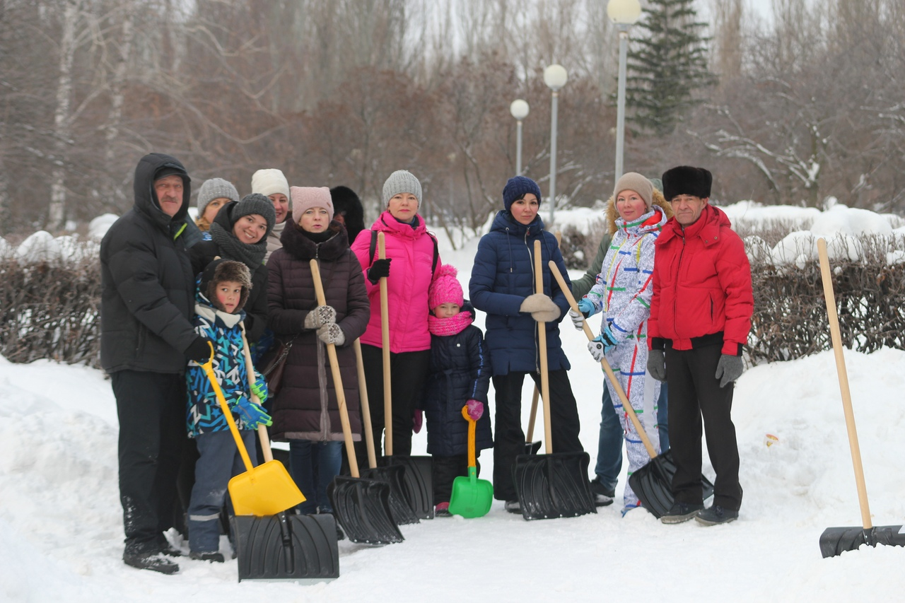 В Тольятти 3,5 тысячи горожан очистили от снега 230 дворов
