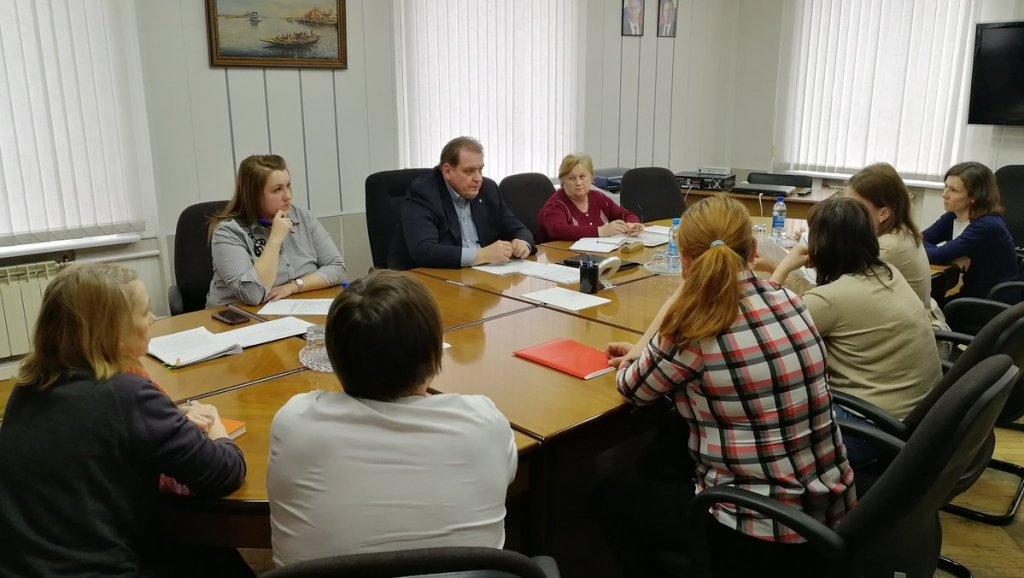 Сергей Анташев провел прием тольяттинцев по вопросу изменения платы в детсадах