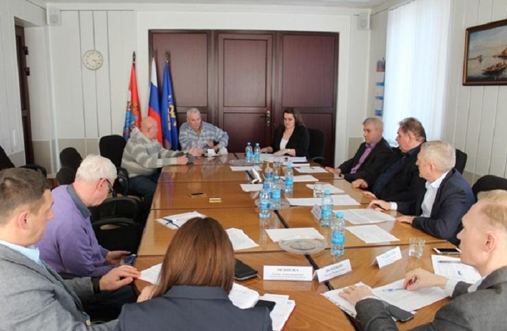 Тарифы, квитанции, качество услуг: Власти обсудили с тольяттинцами главные проблемы мусорной реформы
