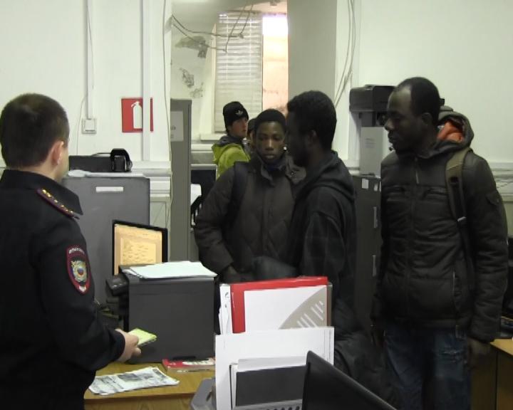 Африканцы незаконно строили дома в Самарской области