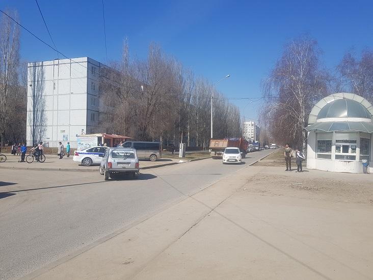 В Тольятти автомобиль сбил двух детей в жилой зоне
