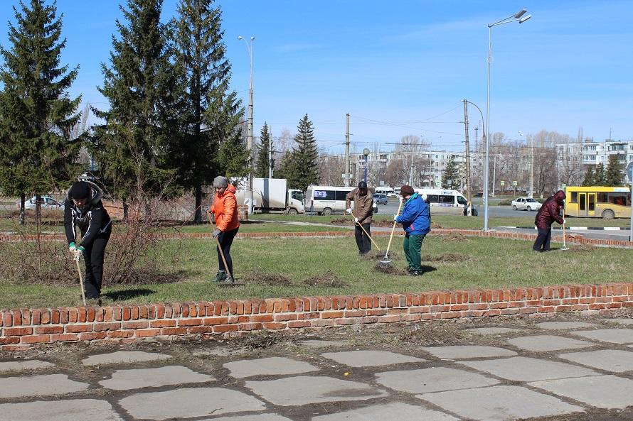 Тольяттинцев приглашают на городские субботники