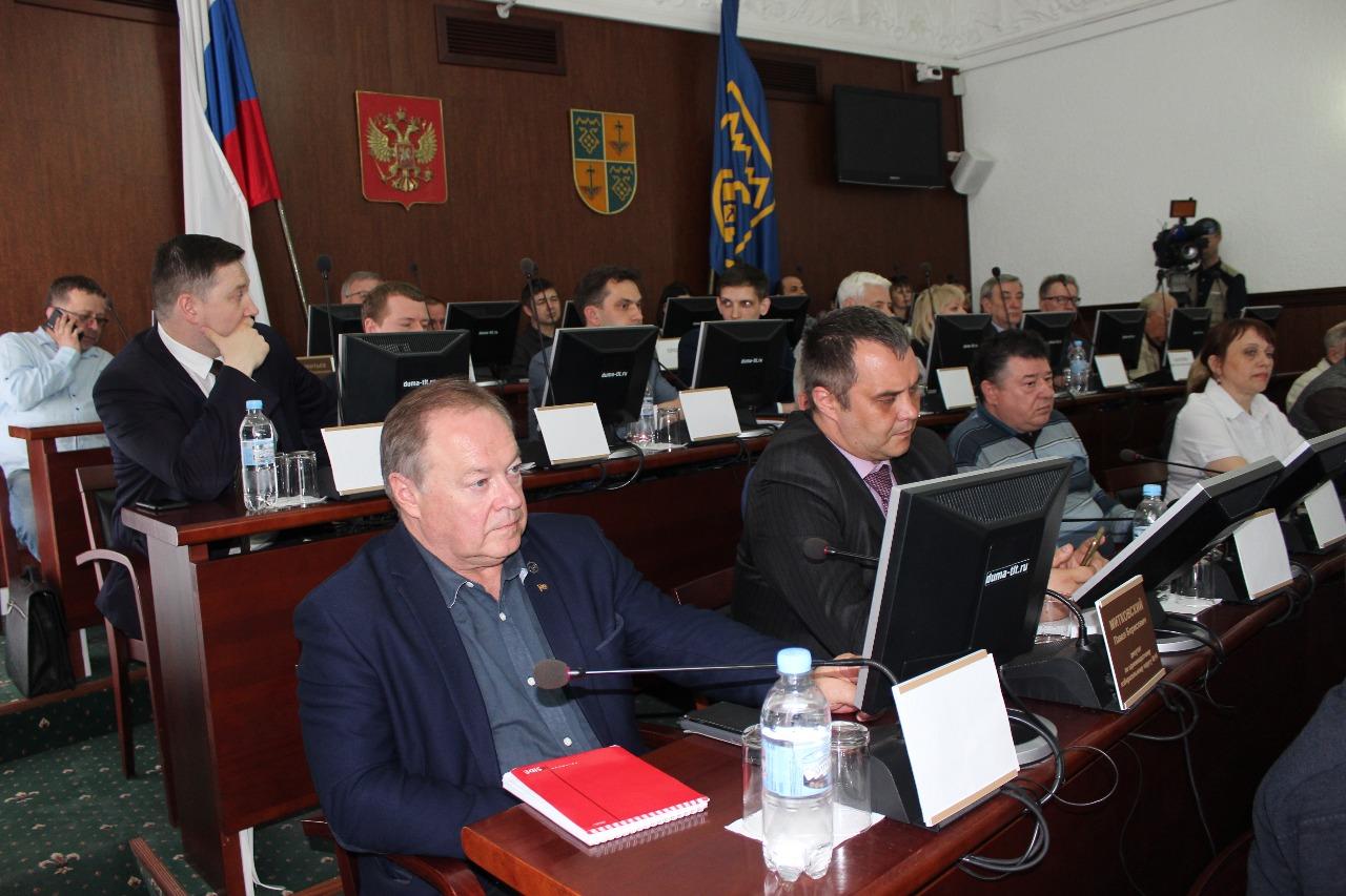 Тольяттинские депутаты требуют пересмотреть нормативы и тарифы мусорной реформы