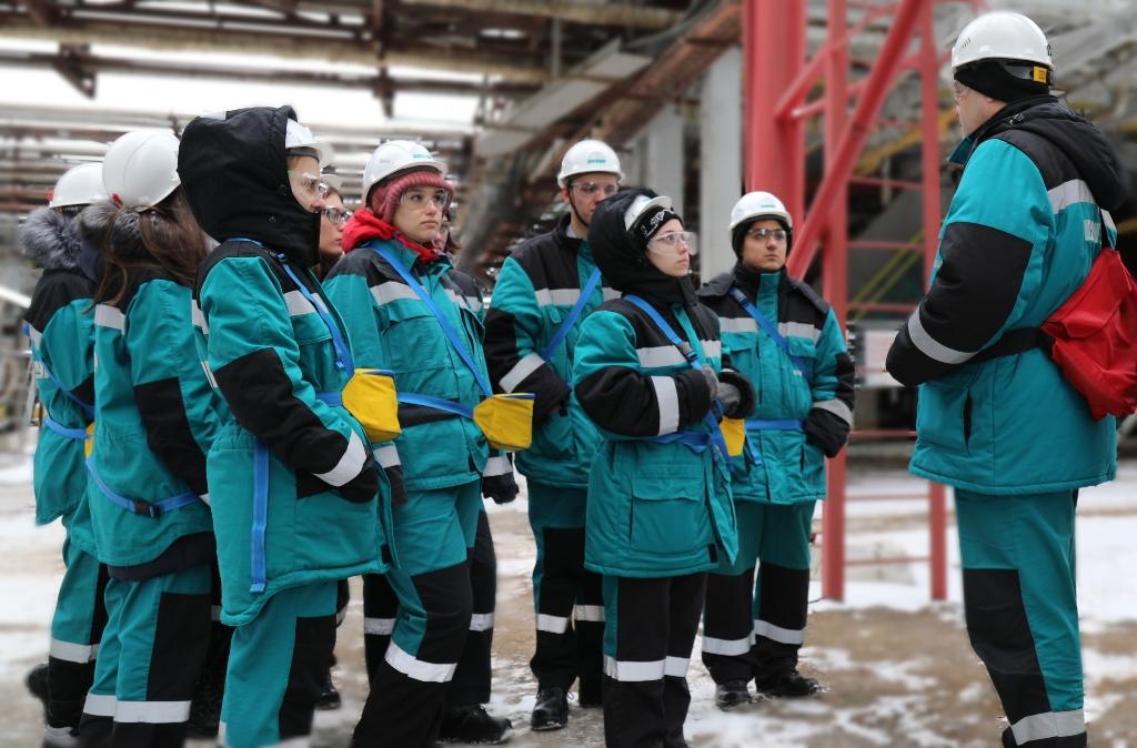 Студенты тольяттинского техникума стали первыми участниками дуального обучения на «СИБУР Тольятти»