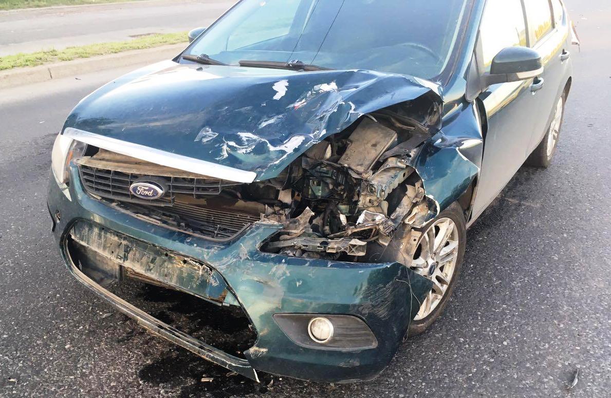 На Южном шоссе в сильном столкновении машин пострадал годовалый ребенок