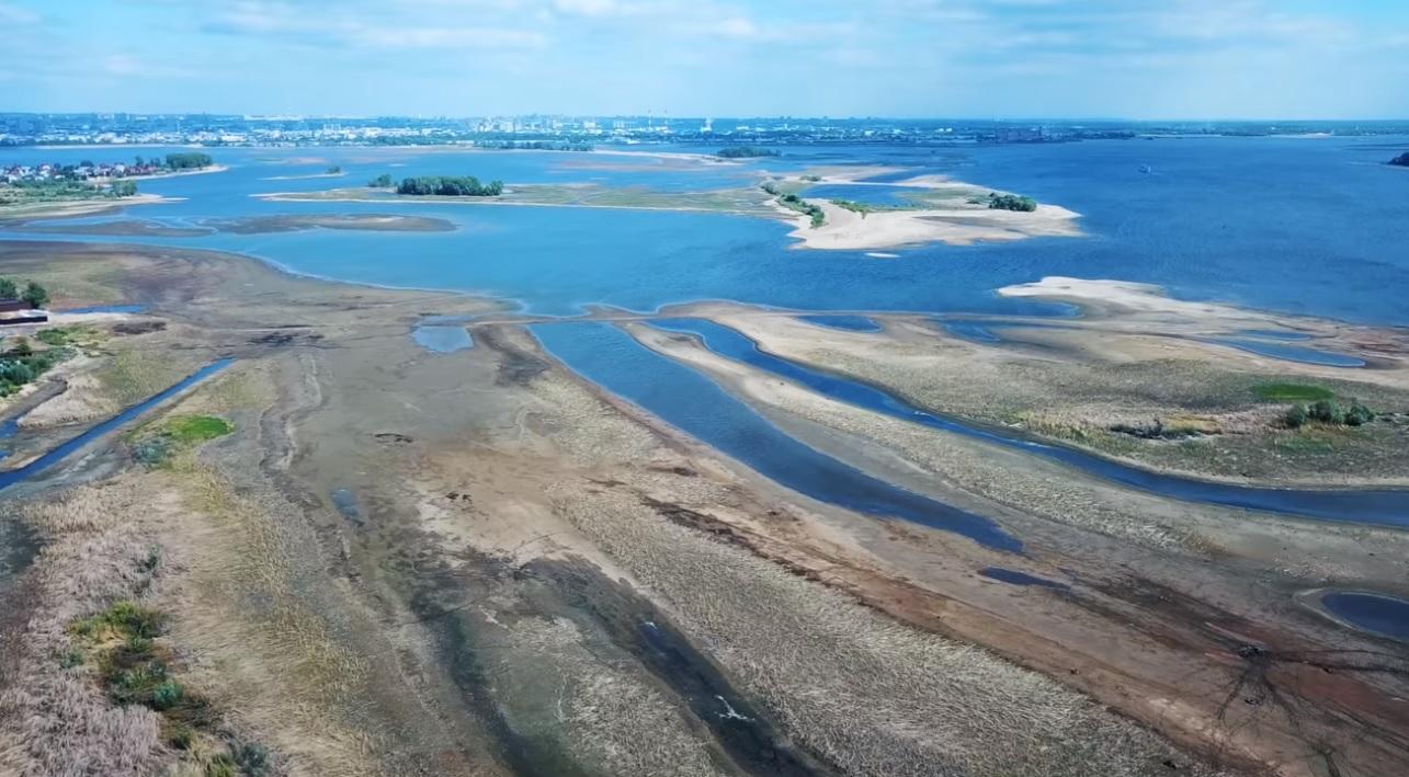 Началось расследование из-за обмеления Волги в Куйбышевском и Саратовском водохранилищах