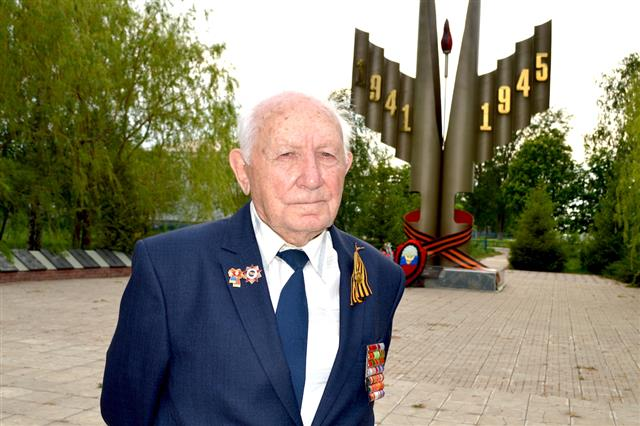 В Самарской области встретили 98-летнего участника ВОВ Абрама Миркина
