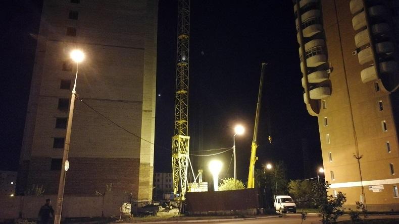 В Тольятти предотвратили падение башенного крана на жилые дома
