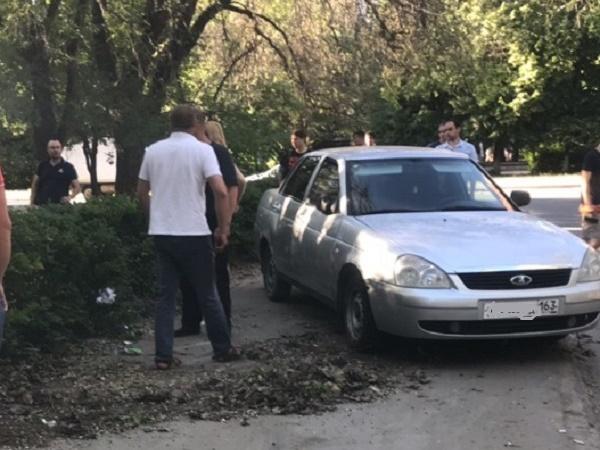 В Тольятти нетрезвый водитель «Приоры» сбил двух девочек на тротуаре